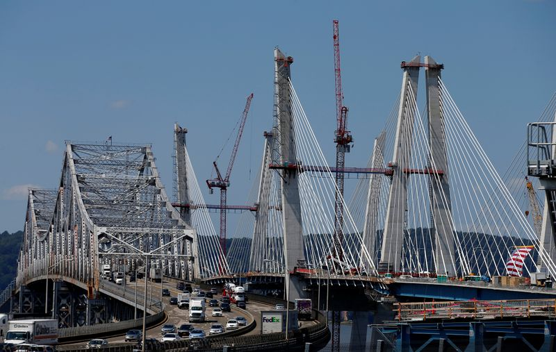 House Democrats call for $760 billion in infrastructure spending over five years