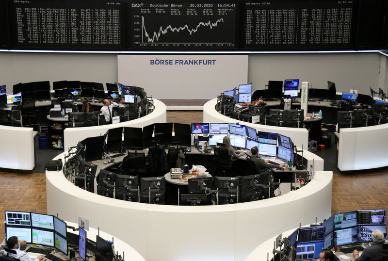 European shares inch higher but set for worst quarter since 2002